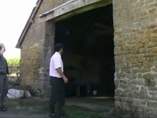 طبون يدخل زب