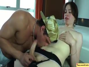 Cd يحصل على وافر لحم البقر صافرة عميق في he cootchie homo porn 81 pl