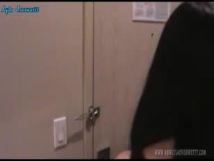 اكس فيديو تنزيل المني في ااطيز